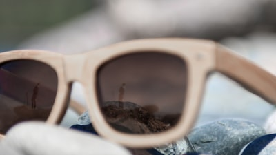 Which Are The Best Auto Glasses For You?